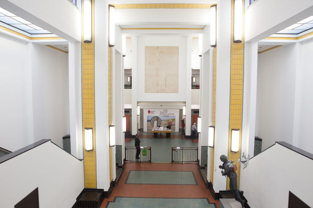 gemeentemuseum den haag foto ©sacha jennis