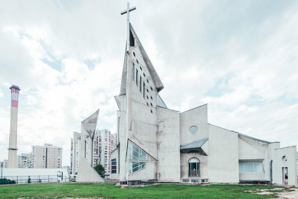 brutalist church in sarajevo suburb ©Sacha Jennis